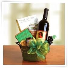 wine gift baskets delivered 128 best wine gift baskets images on wine gift baskets