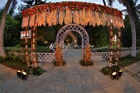 Marriage Decoration Themes - tips to choose the right flower arrangement for wedding marriage