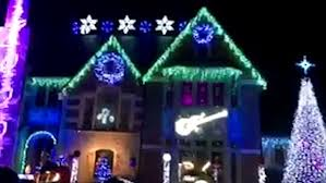 chicago home puts on amazing light tribute to prince with a purple