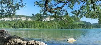 chambre d hotes jura region des lacs randonnées entre lacs et cascades dans le jura jura tourisme