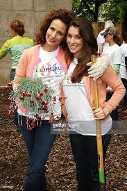 loreal celebrates 100 years with citywide volunteer day photos and