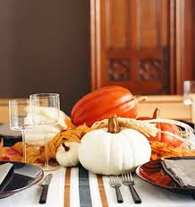 Easy Thanksgiving Table Decorations Create Your Own Ambience Easy Thanksgiving Centerpieces Stylish Eve