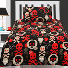 skull and crossbones bedding the space available for queen size