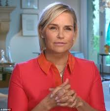 yolanda foster does she have fine or thick hair yolanda foster slams lisa rinna for suggesting lyme disease is