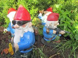 more combat garden gnomes gnomes lawn ornaments and lawn