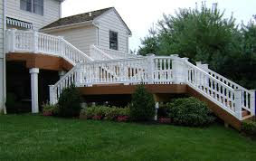 custom deck construction and design composite vinyl pvc and