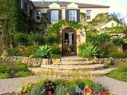 Backyard Contest Makeover by Carlsbad Resident Wins California Friendly Landscape Contest