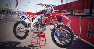 honda racing motocross inside trey canard u0027s factory hrc honda crf450 motocross action