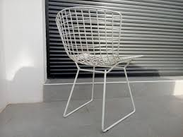 chaise bertoia knoll chaise harry bertoia finest harry bertoiaus chaise with chaise