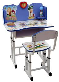 kids reading table and chair 12350