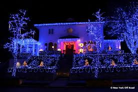 Dyker Heights Christmas Lights Dyker Heights Christmas Lights In Brooklyn A Slice Of Brooklyn