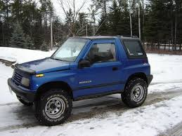 chevy tracker 1995 there are a lot more pics coming this is my 1995 tracker it has