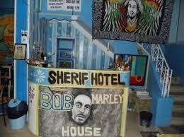 chambre bob marley bob marley house sherief hotel luxor louxor reserving com