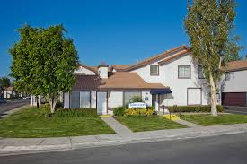 apartments for rent in bloomington ca