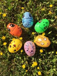 the smurfs easter eggs best easter decorating ideas and crafts
