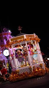 halloween night wallpaper disney iphone wallpapers mickey u0027s not so scary halloween party
