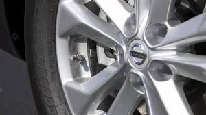 nissan pathfinder wheel size 2015 nissan rogue tire pressure monitoring system tpms youtube