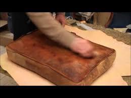 restaurer un canapé en cuir fauteuil rénover une maison