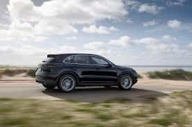 Porsche Cayenne Suv - first look u2014 2019 porsche cayenne and cayenne s photo u0026 image gallery