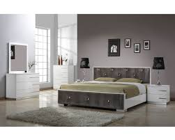 Modern Wood Bedroom Furniture Bedroom Compact Contemporary Bedroom Decor Painted Wood Table