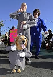 Austin Powers Halloween Costumes Pictures Halloween Dog Costume Parade Long Beach California