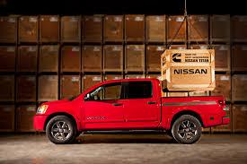 nissan cummins dually nissan will unveil cummins powered diesel titan at detroit auto
