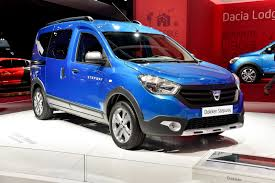renault lodgy specifications renault reportedly considers axing dacia lodgy dokker or logan mcv