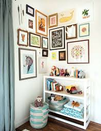 cadre chambre enfant cadre chambre thebooandtheboycom cadres dacco coloracs dans une