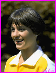 wedge stacked haircut in 80 s dorthy hamil cool picture of dorothy hamill wedge haircut lives star