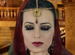 2016 arabian eye maroon and green smokey eye makeup tutorial asian indian stani bridal make up