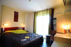 hotel avec dans la chambre pyrenees orientales les chambres de l hôtel à perpignan la fauceille hotel