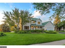 15919 garden view drive apple valley mn 55124 mls 4867227 former custom builder s model home with 5 bedrooms and 4 bathrooms on a 56 acre