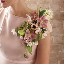 Wedding Flowers For The Bride - 10 cool choices for mother of the bride flowers mywedding