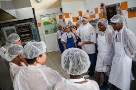 projet cuisine p馘agogique atelier pédagogique de cuisine avec des élèves la foa 26 juin