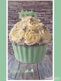 giant cupcake voor een cupcakesmash van een jongetje lief