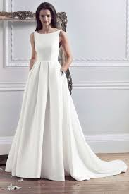 wedding dress with pockets 30 effortlessly chic wedding dresses with pockets weddingomania