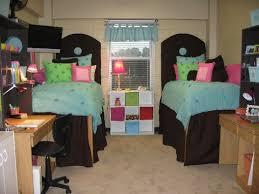 decorating ideas for college rooms