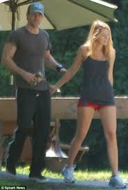 blake lively legs it to the gym in tiny shorts for a couples u0027 work