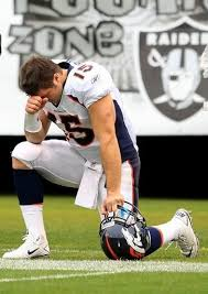 Tebow Meme - tebowing know your meme