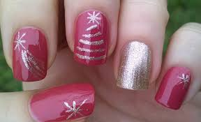life world women christmas nail design using tape u0026 striping brush