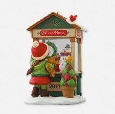 2014 window hallmark keepsake ornament hooked on