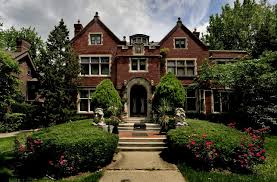 where can you buy a mansion for 400 000 detroit the