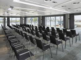 how to choose a conference venue