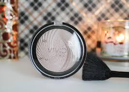 makeup revolution radiant lights makeup revolution vivid baked highlighter in radiant lights