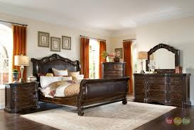 Slay Bedroom Set Valencia Traditional Genuine Leather Upholstered Sleigh Bedroom