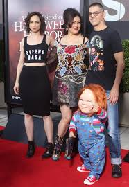 halloween horror nights chucky halloween horror nights hollywood u2013 dread central attends the red