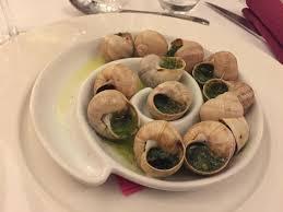cuisiner les escargots de bourgogne les 12 escargots de bourgogne en coquille au beurre persillé