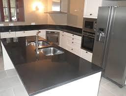 plaque granit cuisine prix plan de travail granit cuisine personable stockage propri t 6