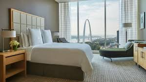 hotels with 2 bedroom suites in st louis mo hotel in st louis luxury hotel st louis mo four seasons hotel
