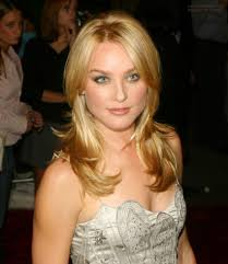 Elisabeth Rohm Elisbeth Rohm Simple Long Evening Hairstyle With The Hair Styled